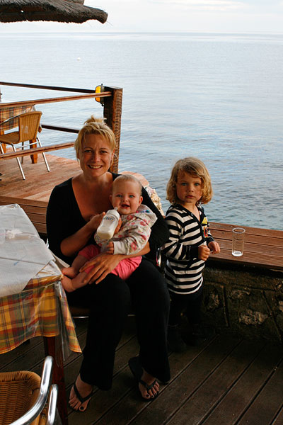 De familie op Corfu.